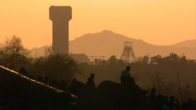 Striking mine workers on koppie two days before massacre